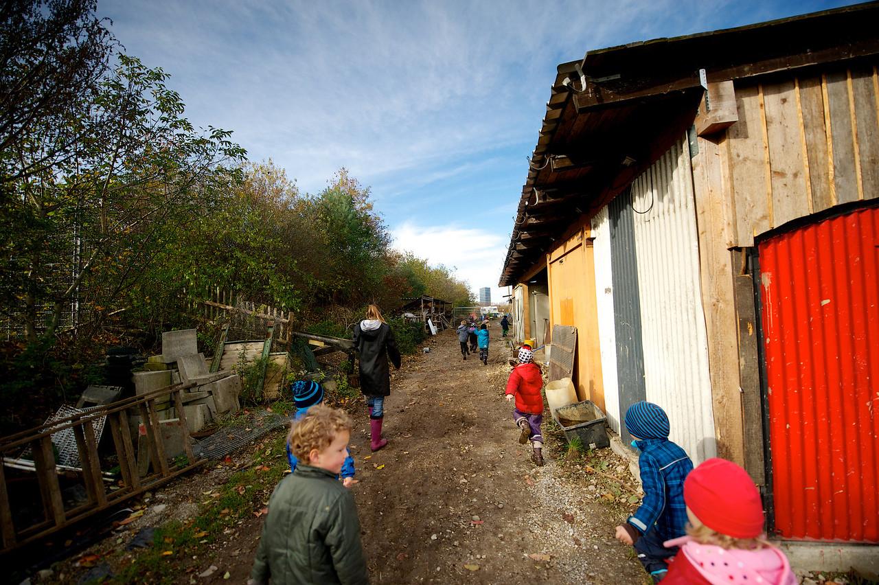 100 Dinge | Hufeisen bringen Glück | Pädagogische Farm Berg am Laim
