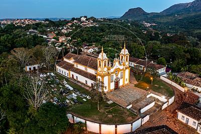 Assunto: Vista aérea da Igreja Matriz de Santo Antonio                      Local: Tiradentes - MG Data: 05/2020 Autor: Nereu Jr