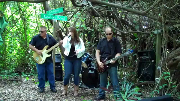 """Southern Marie covers """"Shine"""""""