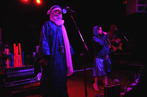 TUNNG AND TINARIWEN @ THE RAINBOW WAREHOUSE BIRMINGHAM 29TH MARCH 2009