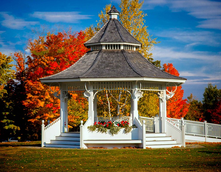 New london Bandstand, NH