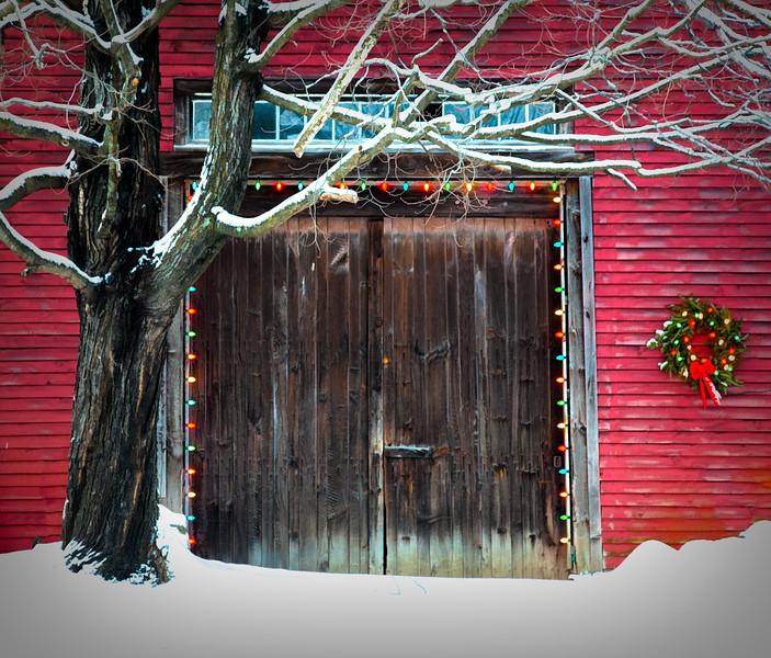 Christmas barn N.Sutton, NH