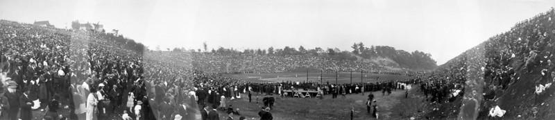 Brookside Stadium, Cleveland, Ohio. Final Game, White Autos vs. Johnstown, Pennsylvania. 3 October 1915.