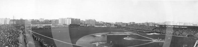 Hilltop Park, New York 1910.