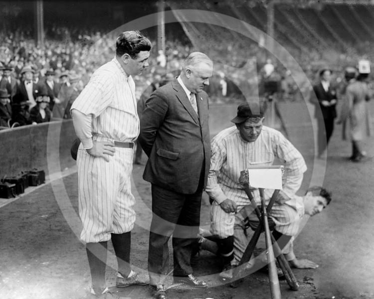 Babe Ruth, New York Yankees AL, John McGraw, New York Giants NL, Nick Altrock and Al Schact, Washington Senators AL, 10 October 1923.