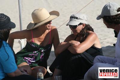 08 23 08   MPNA BEACH BBQ & POTLUCK LUAU   www marinapeninsula org (52)