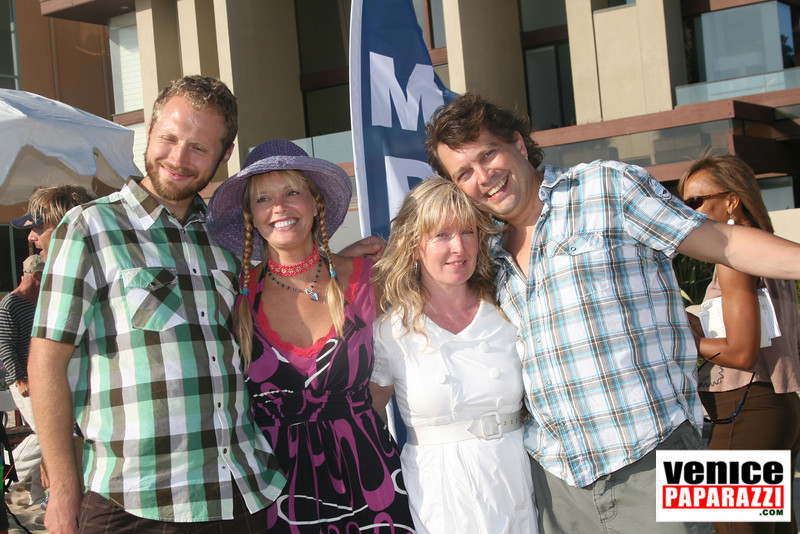 08 23 08   MPNA BEACH BBQ & POTLUCK LUAU   www marinapeninsula org (79)
