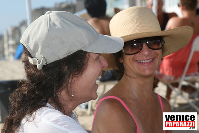 08 23 08   MPNA BEACH BBQ & POTLUCK LUAU   www marinapeninsula org (46)