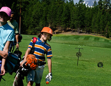 golf-black-butte-ranch_Glaze-Meadow-range-kids_KateThomasKeown_DSC9672