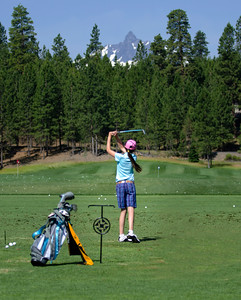 golf-black-butte-ranch_Glaze-Meadow-range-kids_KateThomasKeown_DSC9640