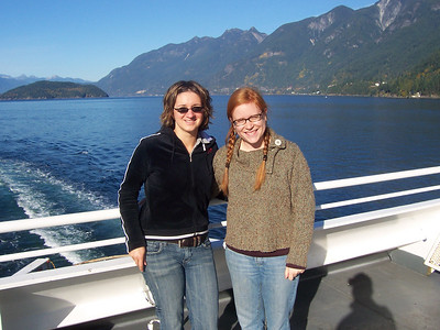 <b>Oct. '06: Bowen Island Getaway with Gloria</b>
