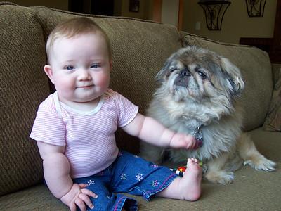 <b>May '07: Robyn @ 7 months</b>