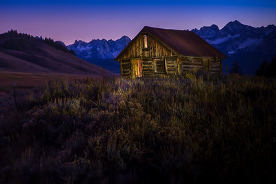 105 Rick Ohnsman 2 Sawtooth Shack - Lightpainting