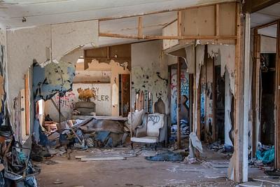 013 ElaineSoule 1 Broken Home AS