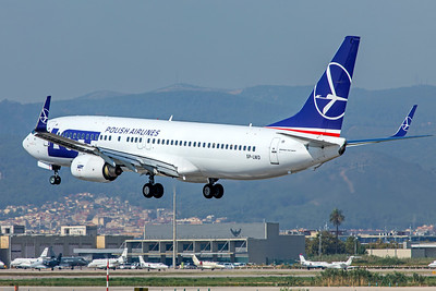 LOT - Polish Airlines Boeing 737-89P SP-LWD 9-29-18