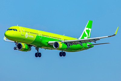 S7 - Siberia Airlines Airbus A321-231 VQ-BDB 9-29-18