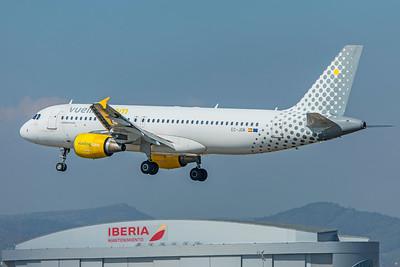 Vueling Airbus A320-214 EC-JGM 9-29-18