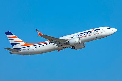 Smartwings Boeing 737-8 MAX OK-SWE 6-12-21 2