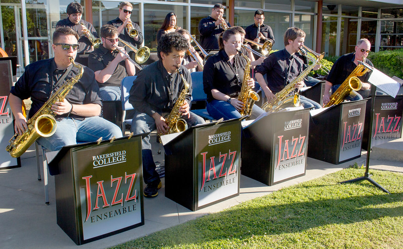 The BC jazz ensemble performs in the Administration courtyard.