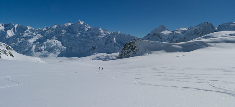 Then we skied down the neve from Tasman Saddle
