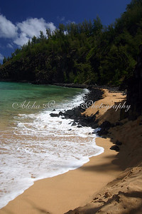 KAUAPEA (SECRET) BEACH