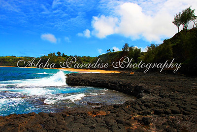 SECRET BEACH LAVA POOLS