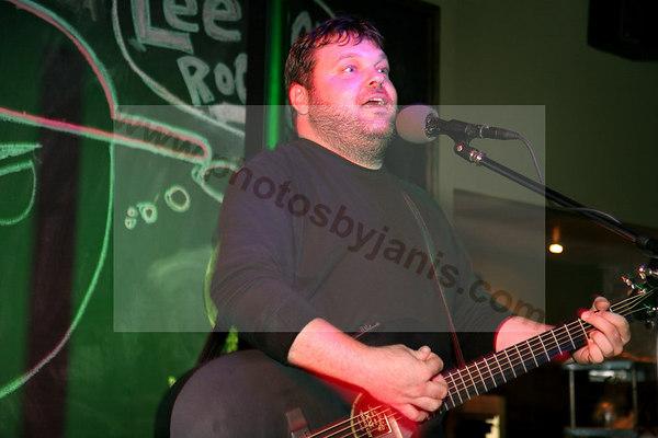 Singer at the DUBLINER Irish Pub