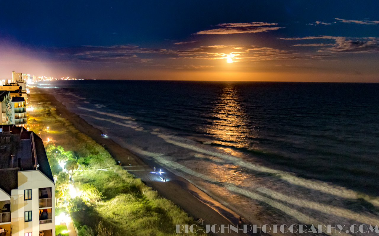 Moon over Myrtle beach ---- Hand held HDR