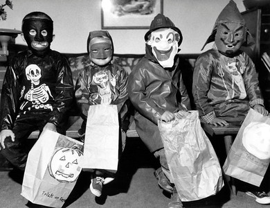 1956-Halloween Gang