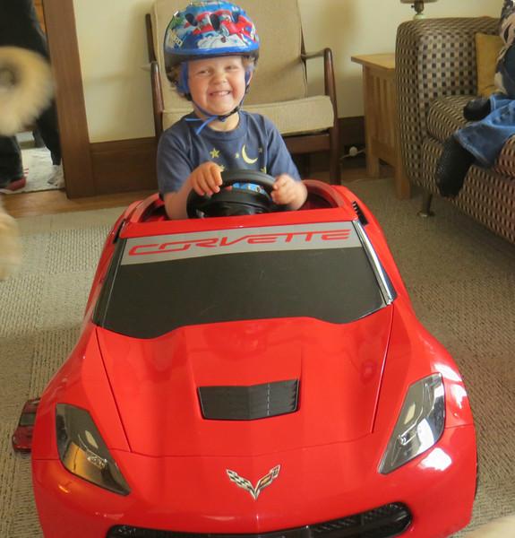HAPPY STINGRAY CORVETTE RACE CAR OWNER