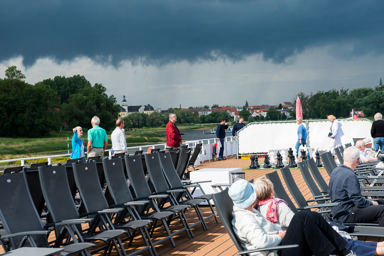 Weather on the Elbe can be very rainy in June and July.