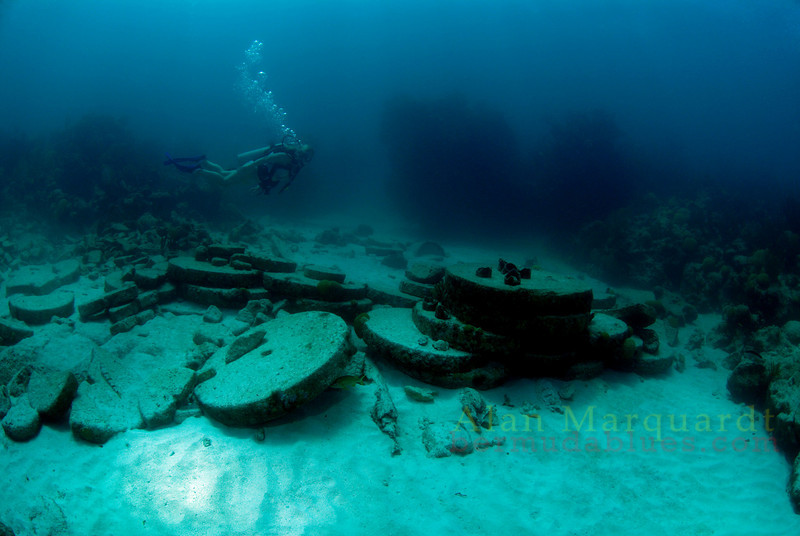 The wreck of the Ceasur sank 1818, Bermuda