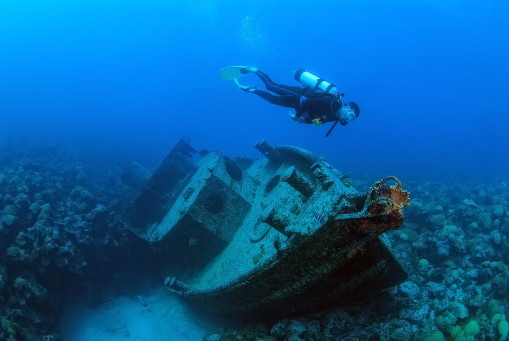 Tug boat King, South shore, Bermuda. Intentoinally sunk, 1984.