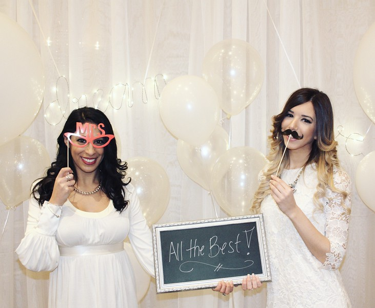 Bridal shower bespoke booth, featuring classic props and a silver framed message board, as well as balloon and dream/love light add-ons.