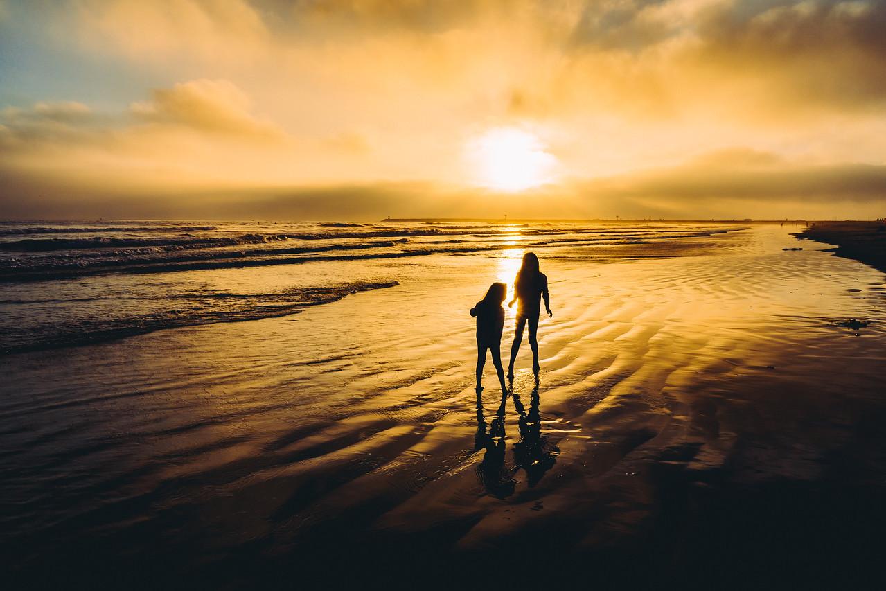 Sunset Beach Kids