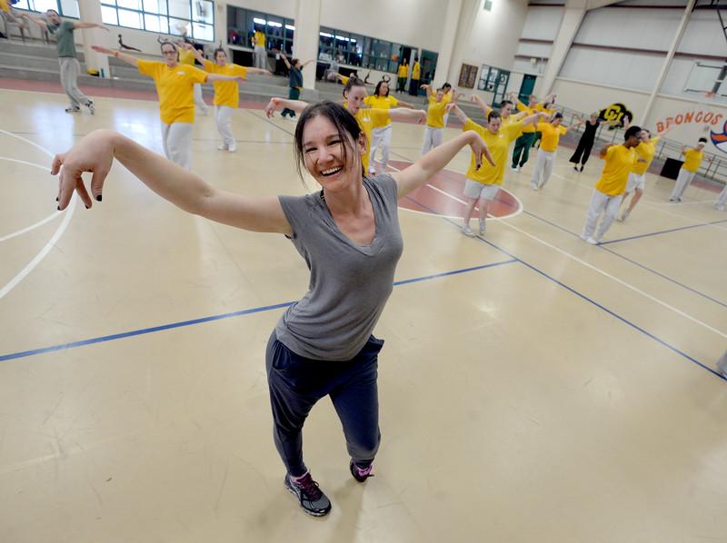 Dance 2B Free Program