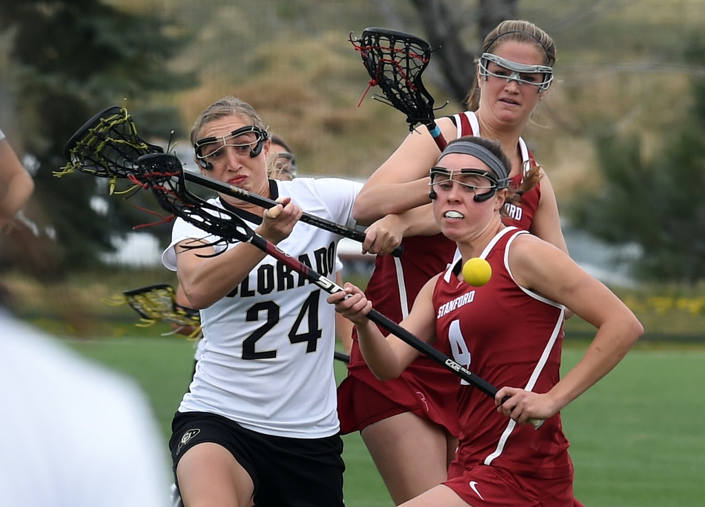 . Sarah Brown, of CU, battles with Areta Buness, of Stanford, during the April 7, 2017 game in Boulder. For more photos, go to www.buffzone.com. Cliff Grassmick  Staff Photographer April 7, 2017
