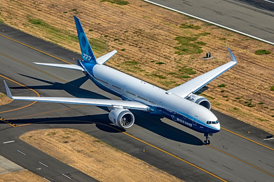 Boeing 777-9 N779XX 9-10-20 5