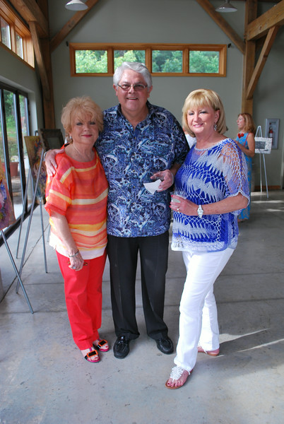 Karolyn Farrel, Dr. John Bakker, Susan Chase