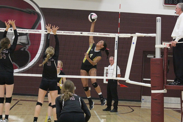 BH at OKOBOJI 10-24-16 for Class 2A Region 3 volleyball tournaments
