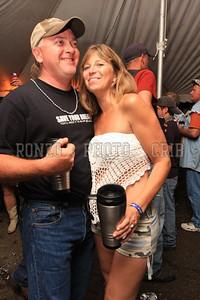 Beer Tent Sat 2009_0905-052