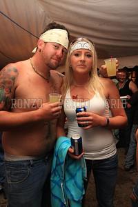 Beer Tent Sat 2009_0905-034