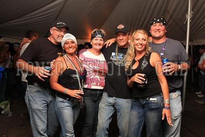Beer Tent Sat 2009_0905-049