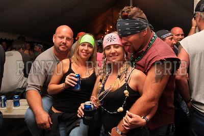 Beer Tent Sat 2009_0905-038