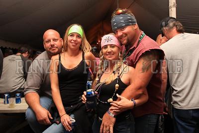 Beer Tent Sat 2009_0905-039