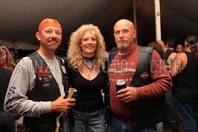 Beer Tent Sat 2009_0905-024
