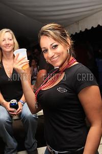 Beer Tent Sun 2009_0906 (21)