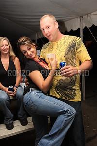 Beer Tent Sun 2009_0906 (19)