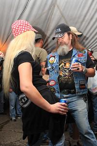 Beer Tent Fri 2009_0904-014