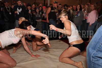 Oil Wrestling 2009_0418-021
